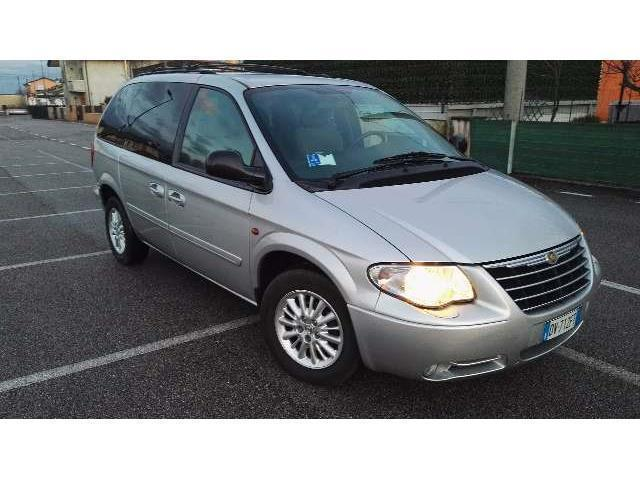 sold chrysler voyager used cars for sale autouncle. Black Bedroom Furniture Sets. Home Design Ideas