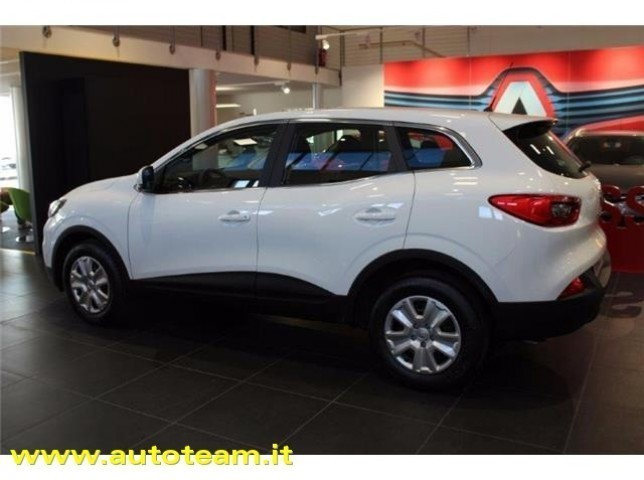 sold renault kadjar 1 5 dci 110cv used cars for sale autouncle. Black Bedroom Furniture Sets. Home Design Ideas
