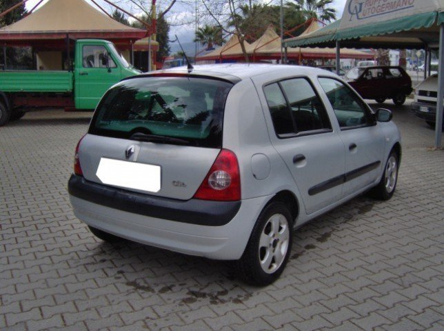 sold renault clio ii 1 5 dci 82cv used cars for sale autouncle. Black Bedroom Furniture Sets. Home Design Ideas