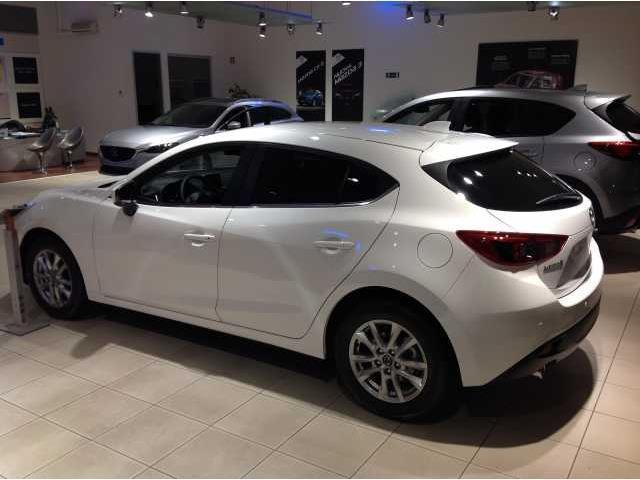 Sold Mazda 3 1 5 Skyactiv G Evolve Used Cars For Sale Autouncle