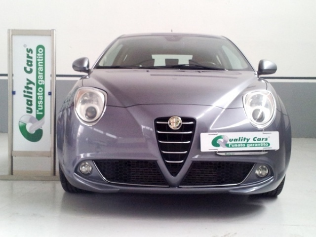 usato 1 6 mjet 120cv distinctive alfa romeo mito 2009. Black Bedroom Furniture Sets. Home Design Ideas