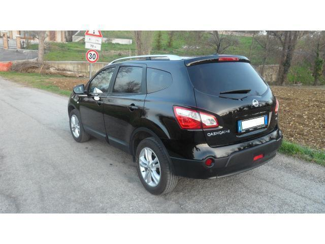 sold nissan qashqai 2 2 2 0 150c used cars for sale autouncle. Black Bedroom Furniture Sets. Home Design Ideas