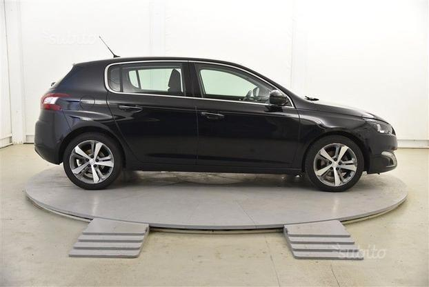 sold peugeot 308 allure 1 6 e hdi used cars for sale autouncle. Black Bedroom Furniture Sets. Home Design Ideas