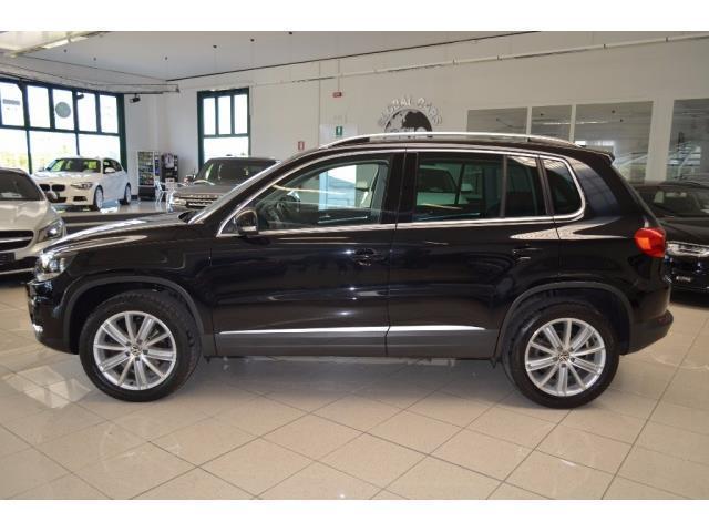 sold vw tiguan 2 0 tdi 140 cv 4mot used cars for sale autouncle. Black Bedroom Furniture Sets. Home Design Ideas