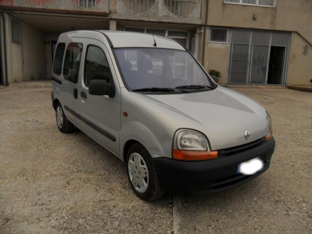 usato 1 9 dti rxe renault kangoo 2000 km in campolieto cb. Black Bedroom Furniture Sets. Home Design Ideas