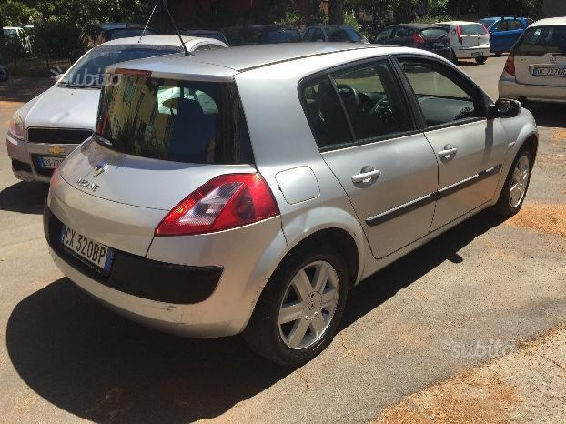 sold renault m gane 1 5 dci 2005 used cars for sale autouncle. Black Bedroom Furniture Sets. Home Design Ideas