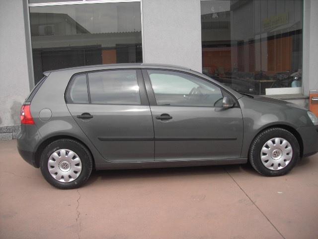 sold vw golf v golf1 6 5p comfort used cars for sale autouncle. Black Bedroom Furniture Sets. Home Design Ideas