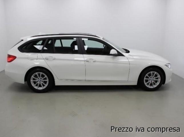 usata BMW 318 D Touring AUT + NAVI + PDC + XENON
