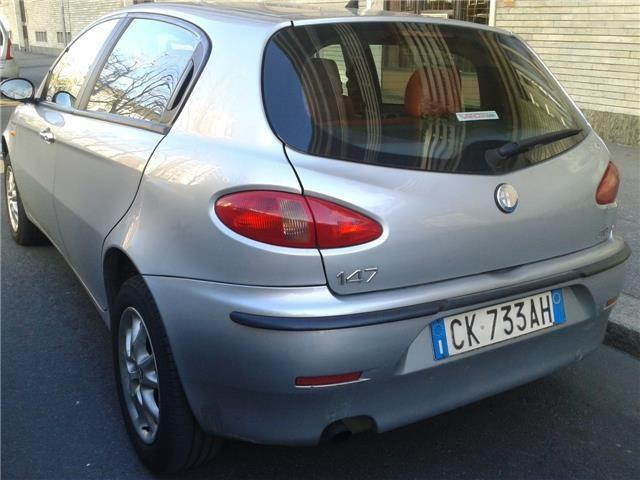 usato 1 9 jtd 115 cv cat 5p progression alfa romeo 147 2003 km in torino to. Black Bedroom Furniture Sets. Home Design Ideas