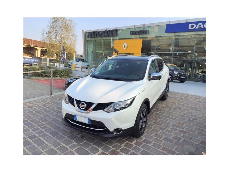 sold nissan qashqai 360 dig t 163 used cars for sale. Black Bedroom Furniture Sets. Home Design Ideas