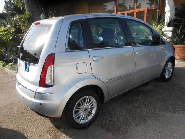 Sold lancia musa ii serie 1 6mjet used cars for sale - Lancia musa diva ...