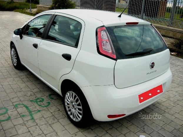 Sold fiat punto new 5 porte 1 4 gp used cars for sale autouncle - Prezzo gas gpl casa ...
