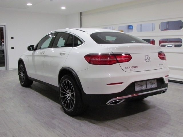 sold mercedes glc220 d coupe execu used cars for sale autouncle. Black Bedroom Furniture Sets. Home Design Ideas