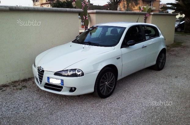 sold alfa romeo 147 cnc 1 9 jtdm 1 used cars for sale autouncle. Black Bedroom Furniture Sets. Home Design Ideas
