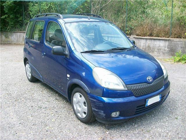 sold toyota yaris verso 16v c used cars for sale autouncle. Black Bedroom Furniture Sets. Home Design Ideas