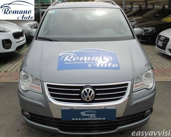 sold vw touran 1 9 tdi 105cv dpf used cars for sale autouncle. Black Bedroom Furniture Sets. Home Design Ideas