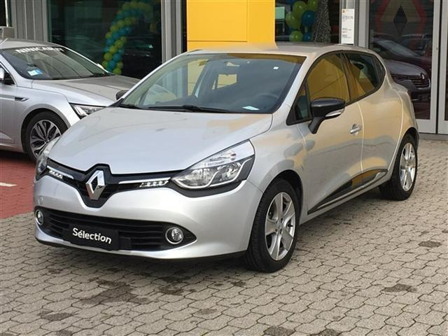 sold renault clio 12 zen live 75cv used cars for sale autouncle. Black Bedroom Furniture Sets. Home Design Ideas