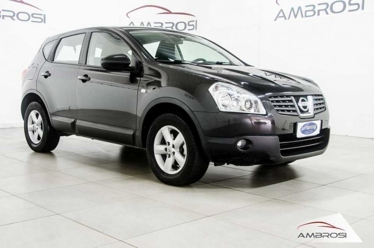 sold nissan qashqai 2 0 dci 150 cv used cars for sale autouncle. Black Bedroom Furniture Sets. Home Design Ideas