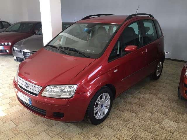 Sold fiat idea 1 4 16v used cars for sale autouncle for Fiat idea 1 6 16v ficha tecnica