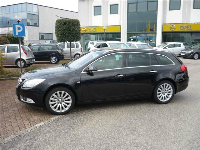 usato 2 0 cdti 160cv sports tourer cosmo opel insignia 2009 km in foligno pg. Black Bedroom Furniture Sets. Home Design Ideas
