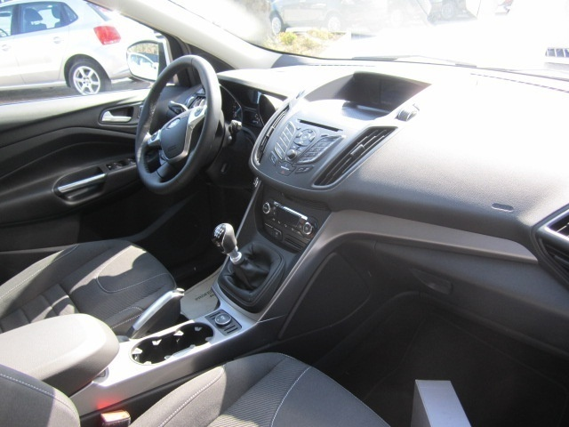 sold ford kuga 2 0 tdci 140 cv 2wd used cars for sale. Black Bedroom Furniture Sets. Home Design Ideas