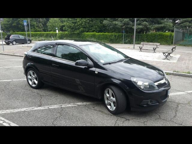sold opel astra gtc gtc 1 7 cdti 1 used cars for sale autouncle. Black Bedroom Furniture Sets. Home Design Ideas