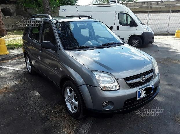 sold suzuki ignis 4x4 con gpl used cars for sale autouncle. Black Bedroom Furniture Sets. Home Design Ideas