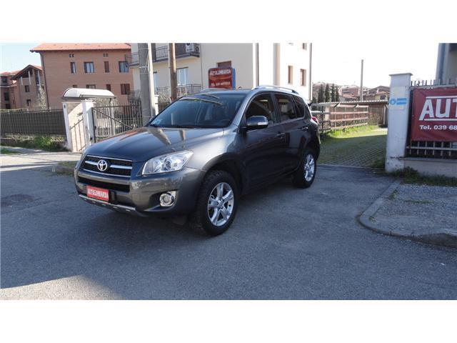 sold toyota rav4 2 0 luxury unic used cars for sale. Black Bedroom Furniture Sets. Home Design Ideas