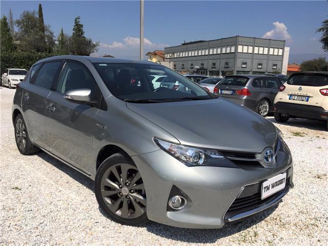 usata Toyota Auris 1.8 Hybrid Lounge 99CV - 2013