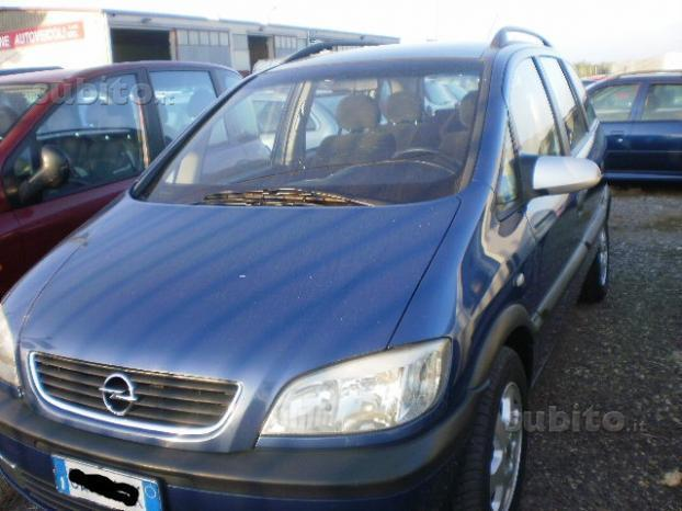 sold opel zafira 2 2 dti elegance used cars for sale autouncle. Black Bedroom Furniture Sets. Home Design Ideas