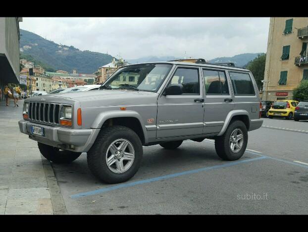 Schemi Elettrici Jeep Cherokee : Usato cat porte selec trac limited eu jeep