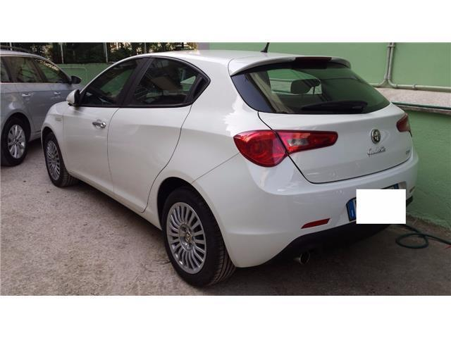 usato 1 6 jtdm 2 105 cv progression alfa romeo giulietta 2010 km in roma rm. Black Bedroom Furniture Sets. Home Design Ideas