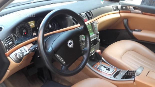 lancia thesis usata 2005 Lancia thesis jtd 20v executive usato anno 2003, 283500 km, navigatore  appoggiabraccia centrale, appoggiabraccia posteriore cen, autoradio, blue and .
