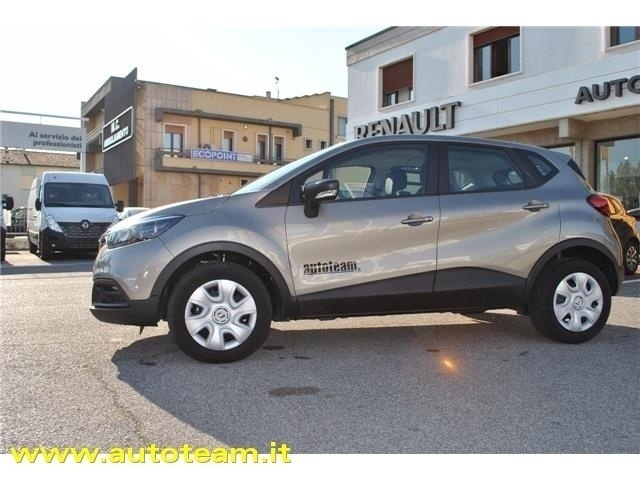 sold renault captur life energy 1 used cars for sale autouncle. Black Bedroom Furniture Sets. Home Design Ideas
