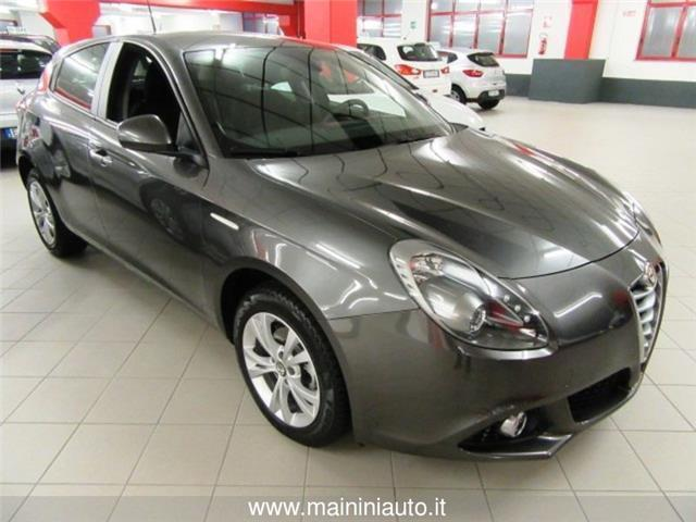 usato giulietta1 6 jtdm 2 105 cv progression alfa romeo giulietta 2013 km in legnano. Black Bedroom Furniture Sets. Home Design Ideas
