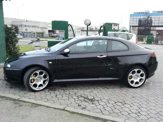 1 4 Usata Alfa Romeo GT 19 JTDM 16V Distinctive Black Line