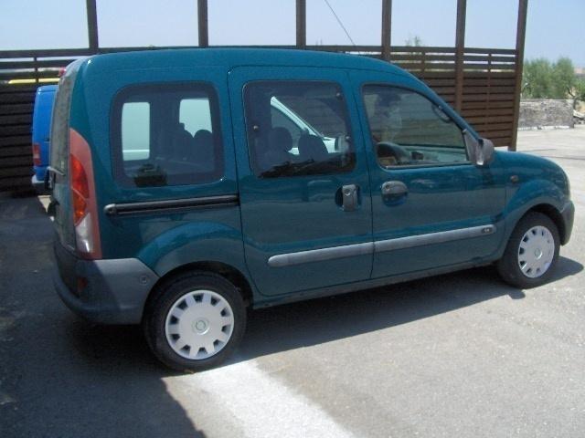 sold renault kangoo usata 2001 used cars for sale autouncle. Black Bedroom Furniture Sets. Home Design Ideas
