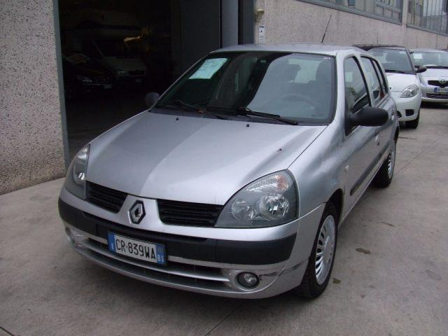 sold renault clio ii 1 5 dci 65cv used cars for sale autouncle. Black Bedroom Furniture Sets. Home Design Ideas