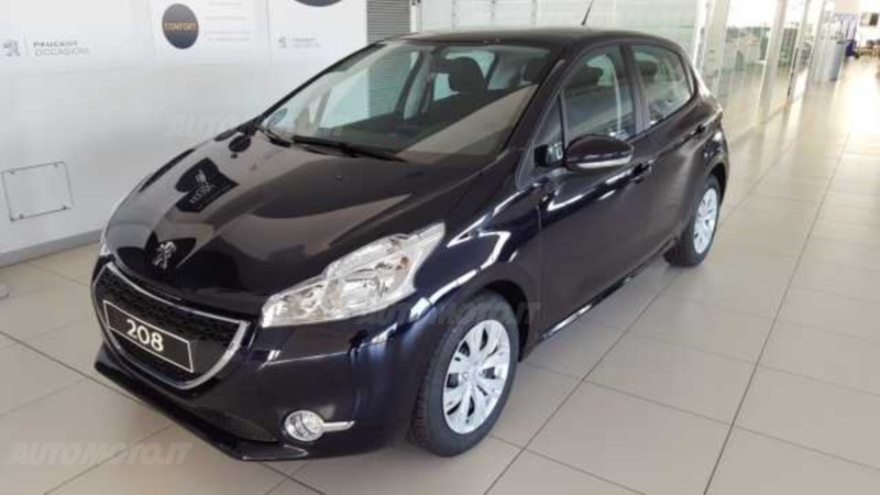 sold peugeot 208 hdi 68 cv 5 porte used cars for sale autouncle. Black Bedroom Furniture Sets. Home Design Ideas