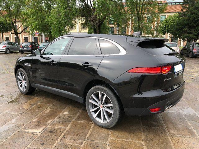 venduto jaguar f pace 2 0 d 180 cv aw auto usate in vendita. Black Bedroom Furniture Sets. Home Design Ideas