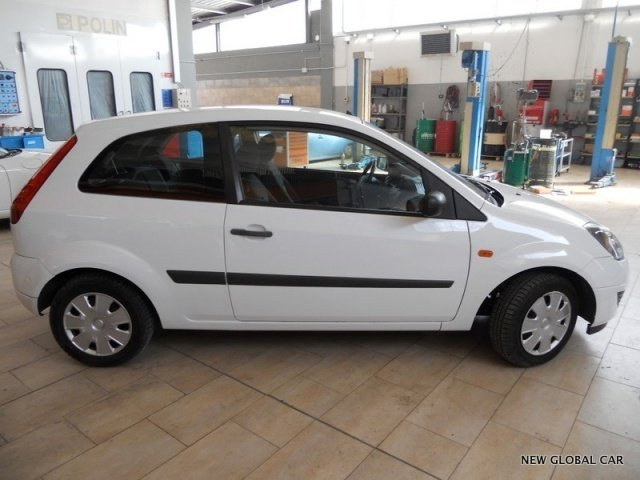 sold ford fiesta 1 4 tdci 3 porte used cars for sale autouncle. Black Bedroom Furniture Sets. Home Design Ideas