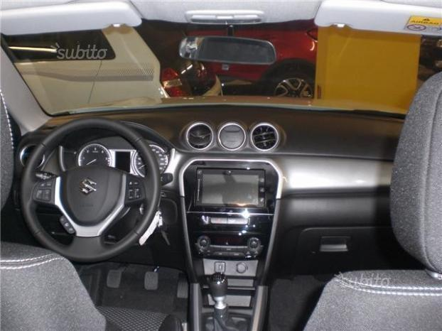 venduto suzuki vitara 1 6 vvt v cool auto usate in vendita. Black Bedroom Furniture Sets. Home Design Ideas