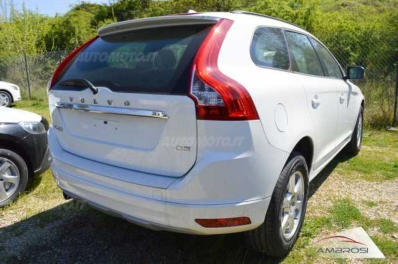 sold volvo xc60 kinetic d3 aut used cars for sale. Black Bedroom Furniture Sets. Home Design Ideas