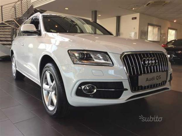 sold audi q5 1 serie used cars for sale autouncle. Black Bedroom Furniture Sets. Home Design Ideas