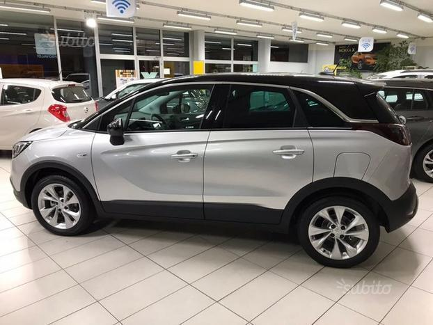 sold opel crossland x 1 6 diesel 8 used cars for sale autouncle. Black Bedroom Furniture Sets. Home Design Ideas