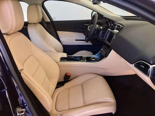 Usato 2019 Jaguar Xe 2 0 Diesel 180 Cv  39 000  U20ac
