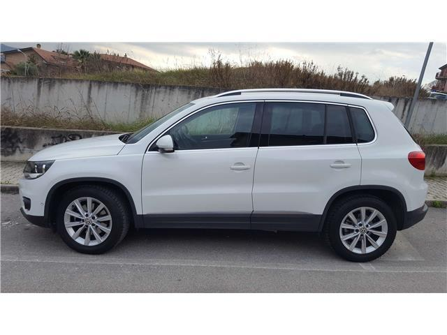 sold vw tiguan 2 0 tdi 140 cv sport used cars for sale autouncle. Black Bedroom Furniture Sets. Home Design Ideas