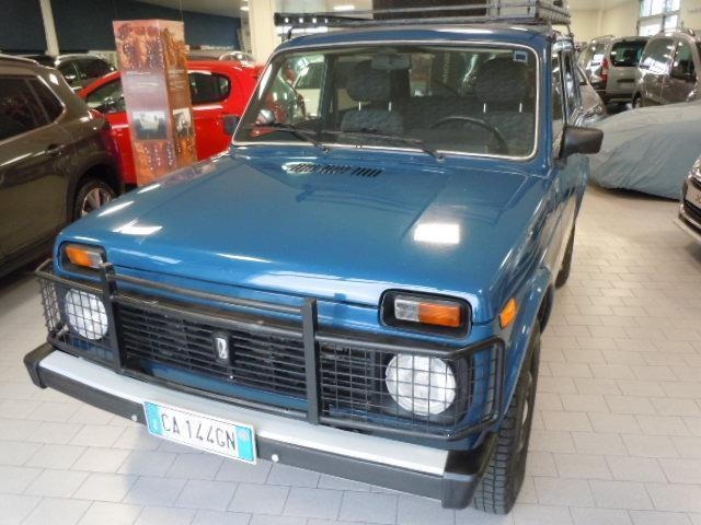 sold lada niva gpl used cars for sale autouncle. Black Bedroom Furniture Sets. Home Design Ideas