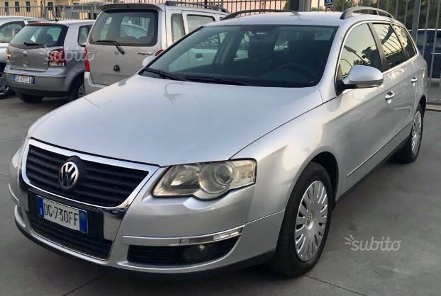 sold vw passat sw 2 0 tdi comoda used cars for sale. Black Bedroom Furniture Sets. Home Design Ideas