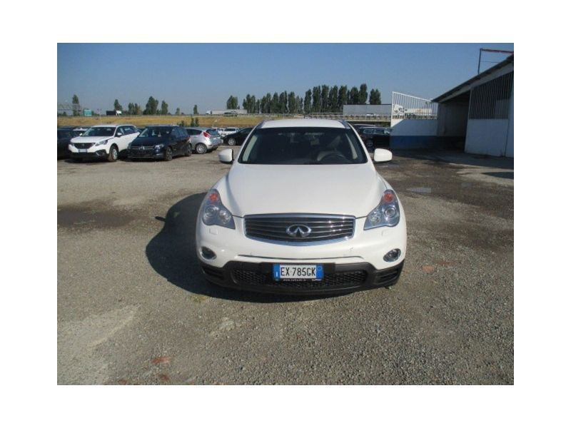 Sold Infiniti Qx50 3 0d V6 Gt Auto Used Cars For Sale